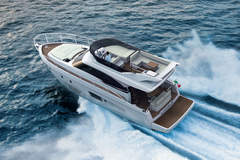 Bavaria Virtess 42 Fly (Motorboot)