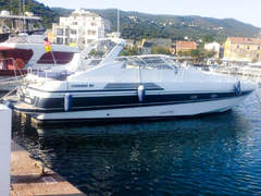 Pershing 40 (Motorboot)